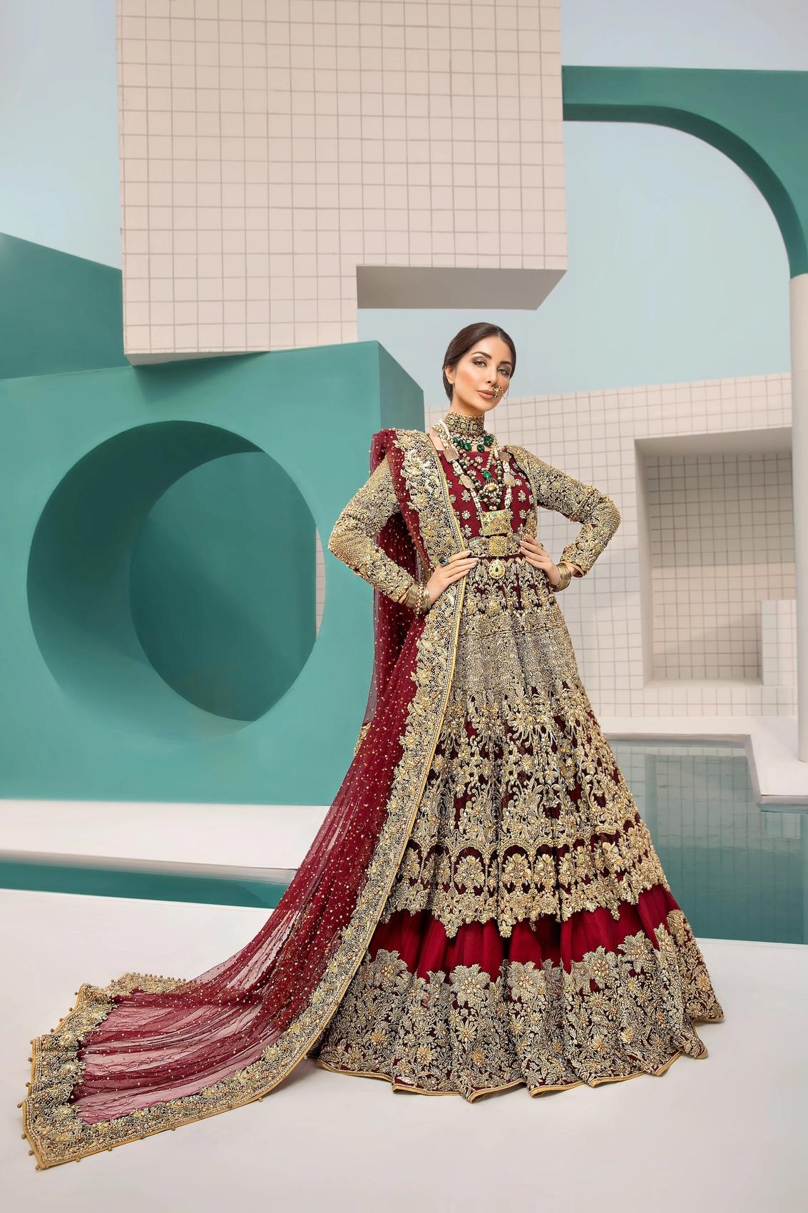 Erum Khan Amour sans fin bridal dress Maroon color