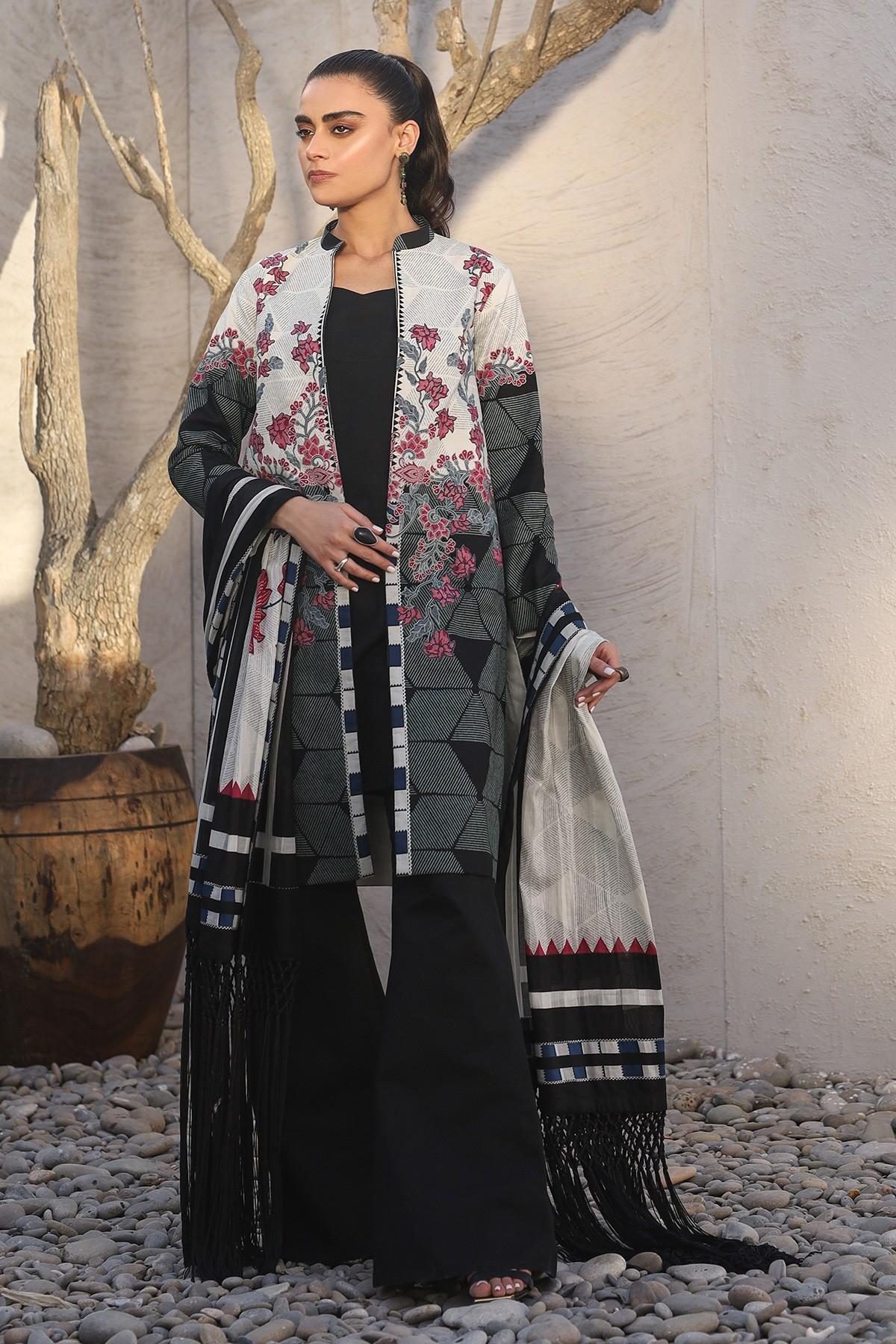 Al-Akaram winter collection Black colorThree Piece Printed Suit With Brochia Dupatta