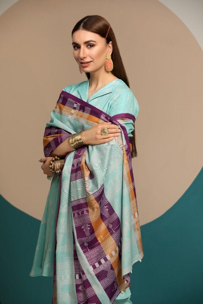 Nishat unstitched winter Collecton Blue Color Khaddar Printed dress with Karandi dupatta
