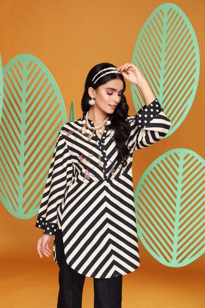 Nishat Linen Ready To wear blackDigital Printed Stitched Cotton Karandi Shirt