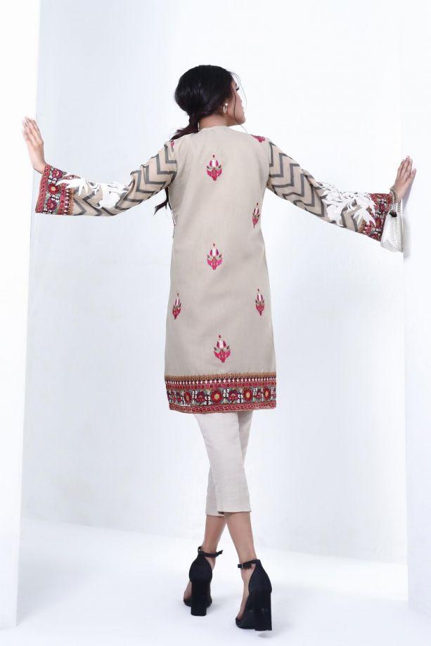 Sana Safinaz muzlin winter white color dress back-side