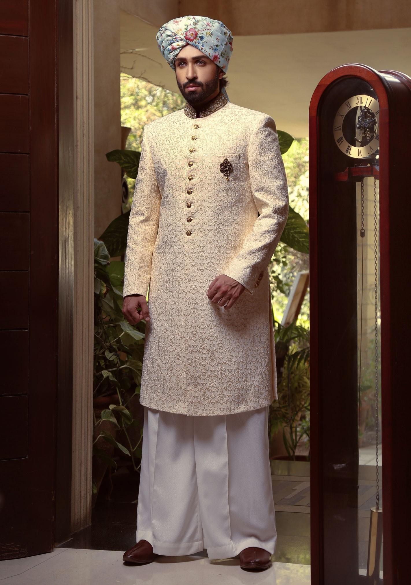 Amir Adnan pristrin color traditional sherwani 2021